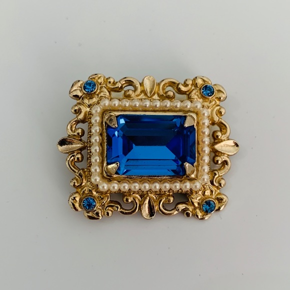 Coro Blue Brooch